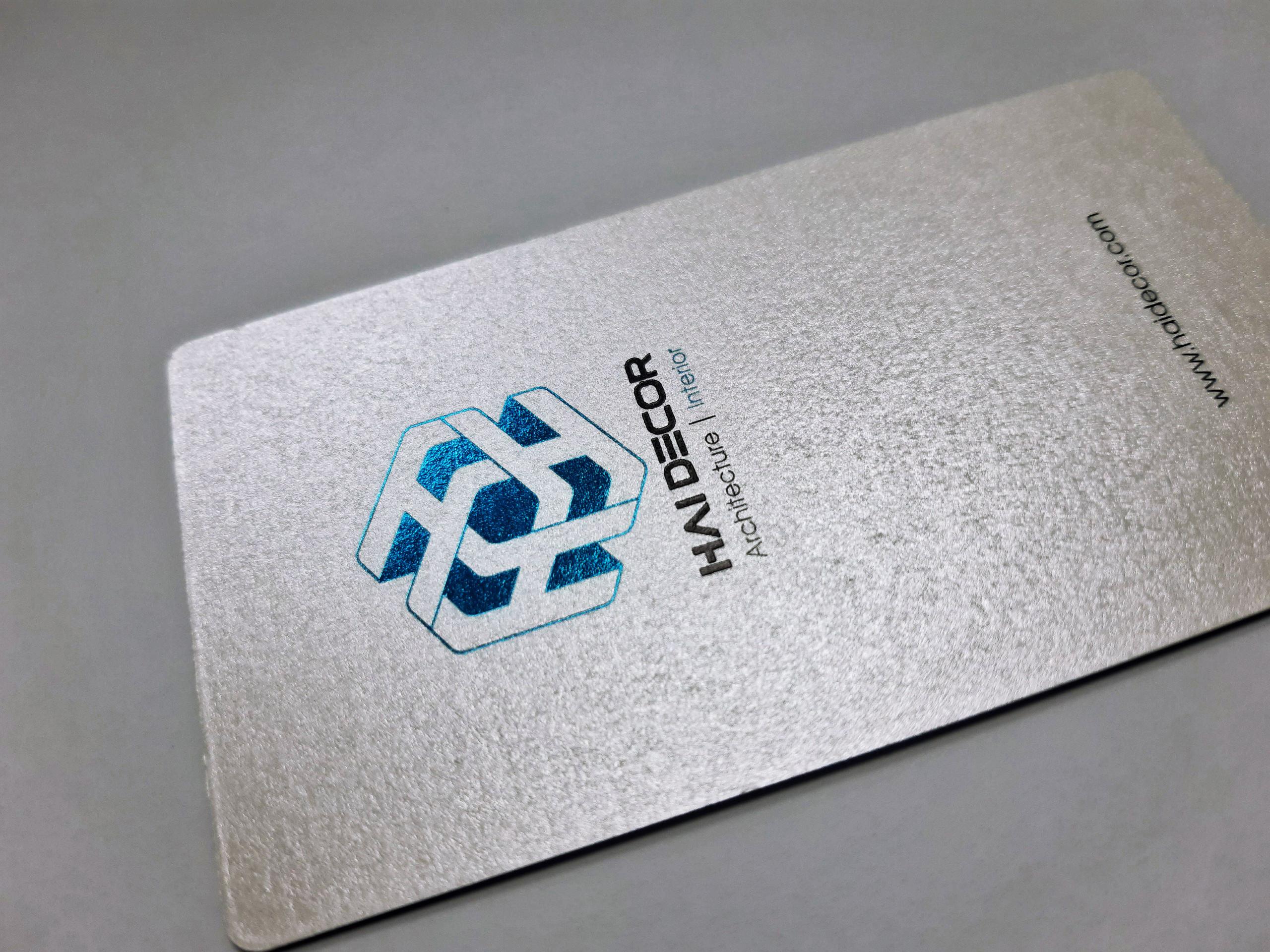 10 mẫu name card ép kim đẹp