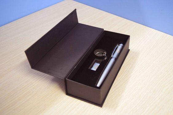 hộp đựng bút ký